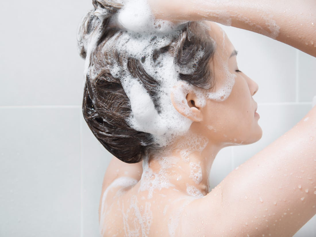 CAN THE TYPE OF WATER YOU SHOWER WITH AFFECT HAIR LOSS?