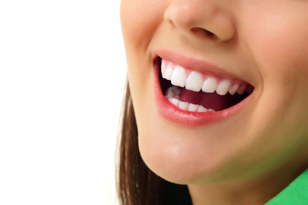 Everything You Need to Know About Whitening Teeth in Toronto