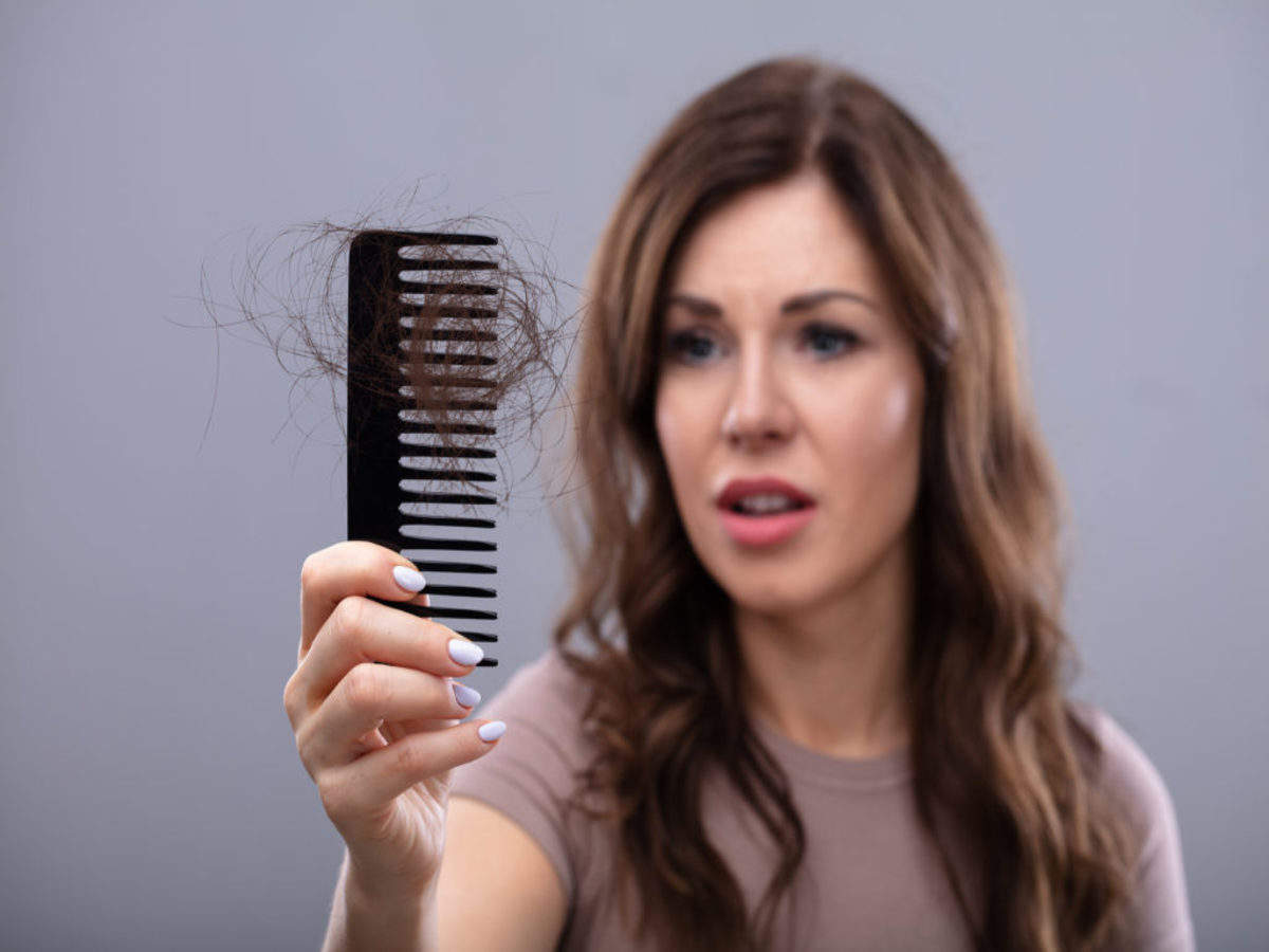 WOMEN HAIR LOSS CYCLES AND TREATMENT